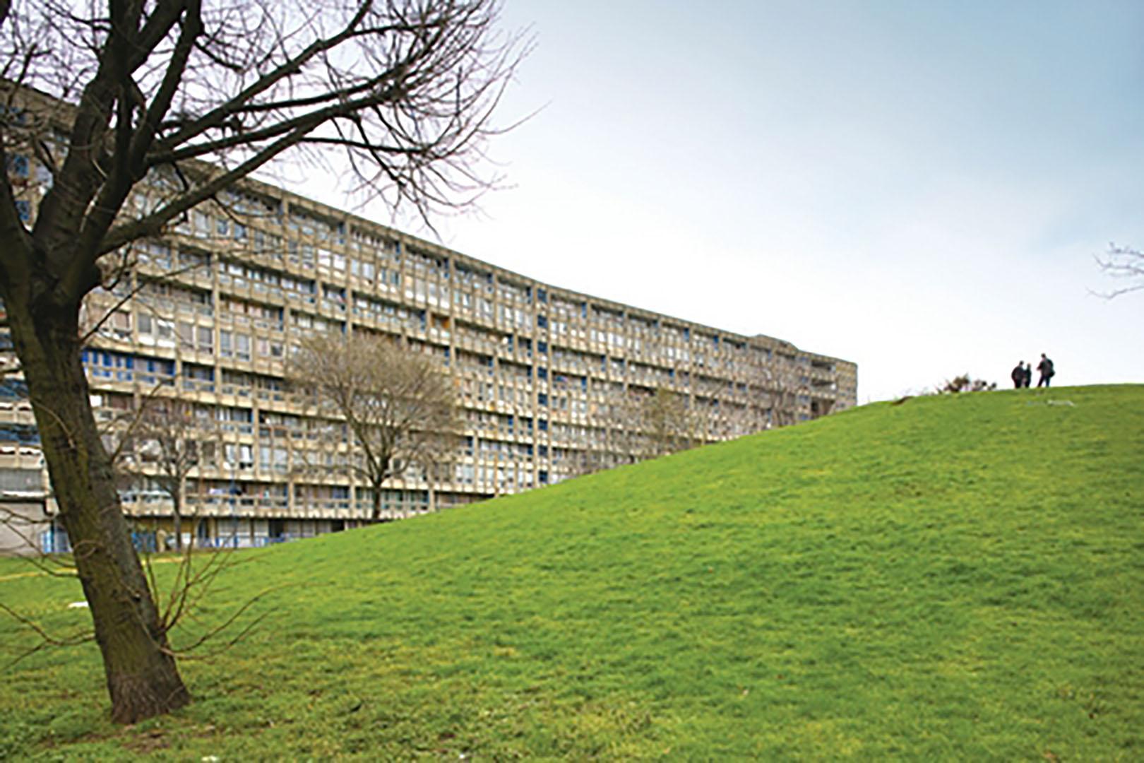 02 Robin Hood Gardens Hill
